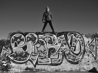 blackandwhite child streetphotography streetart streetstyle