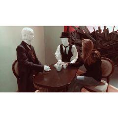 tea blonde storyofberlin berlin mannequins